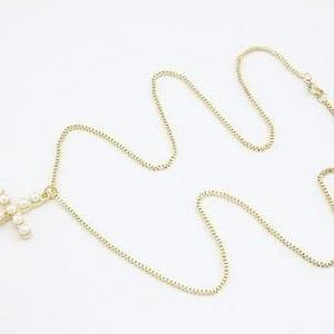 Fashion Necklace style Gold Pearls ..